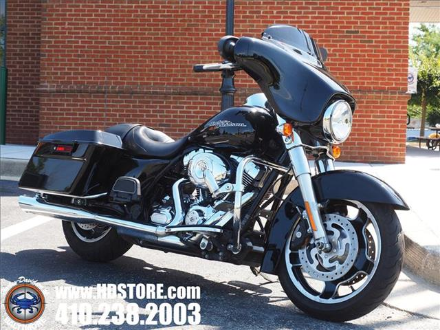 Pre-Owned 2012 Harley-Davidson Touring FLHX STREET GLIDE